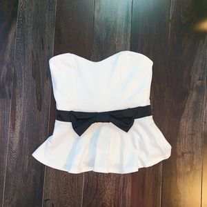 Strapless white and black tube top with bow